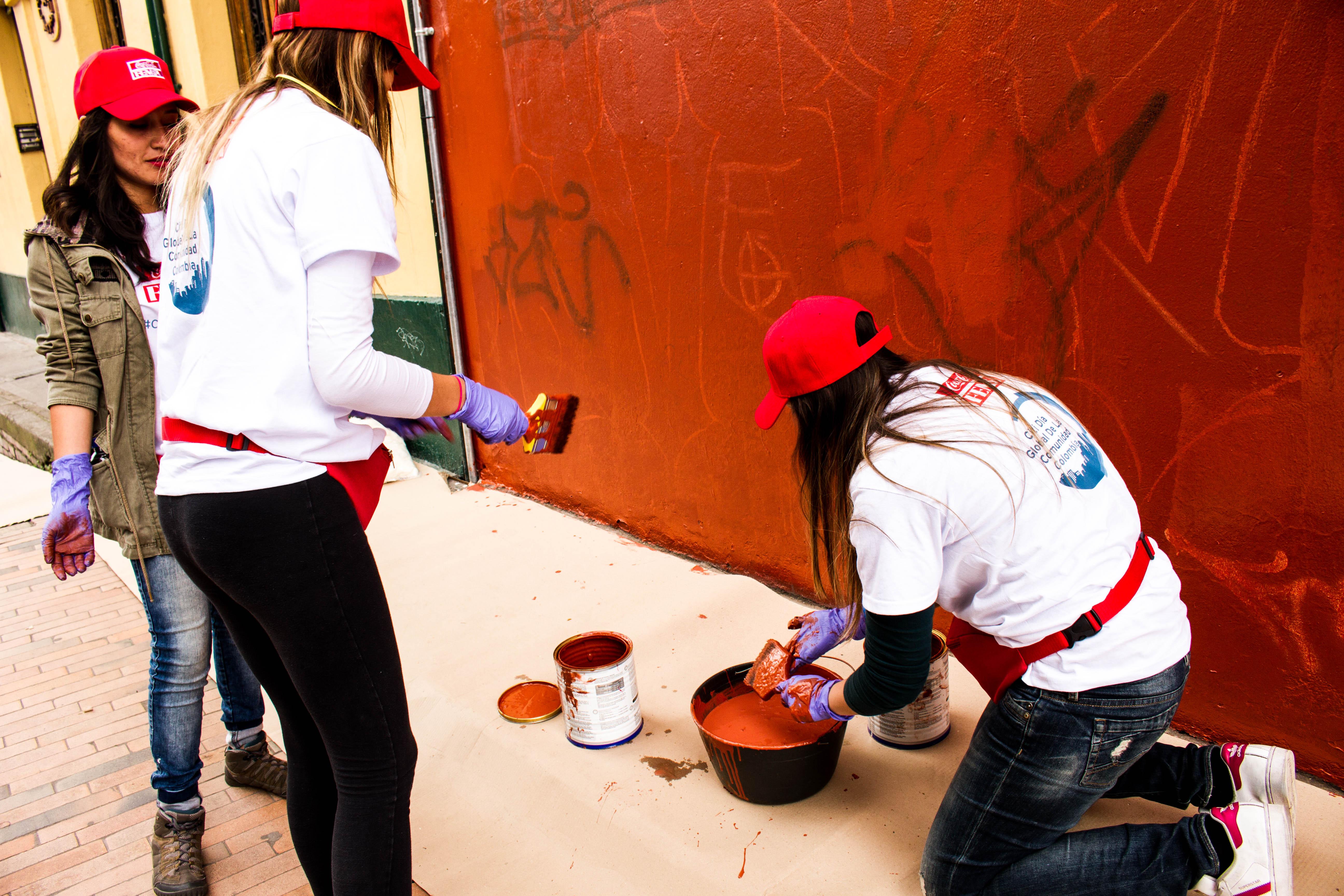 coca-cola-femsa-voluntarios-pintan