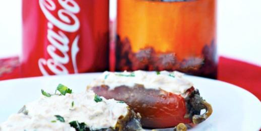 México lindo y qué rico…  Coca-Cola FEMSA festeja 'El Grito'.