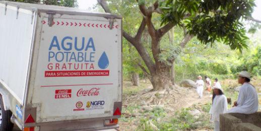 Vehículo Potabilizador de Agua de Coca-Cola FEMSA llega a comunidades vulnerables por desastres naturales.