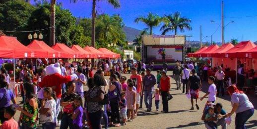 Coca-Cola FEMSA y sus Programas Sociales en Latinoamérica.