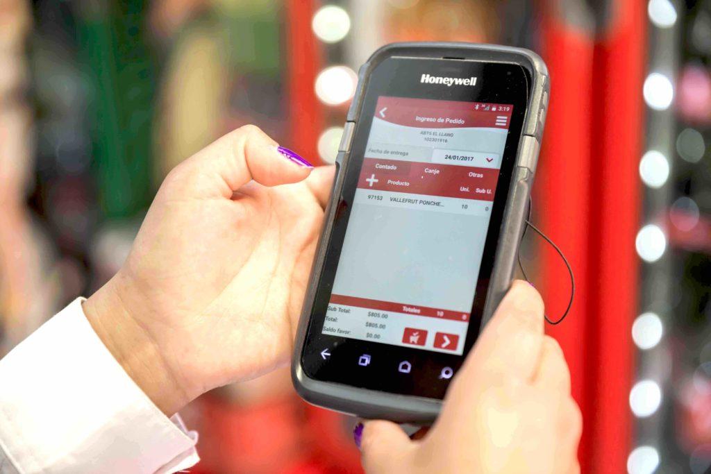 Crece el espectro digital en Costa Rica con Coca-Cola FEMSA.