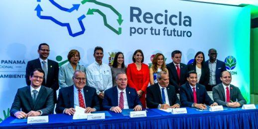 'Recicla por tu futuro' la iniciativa ambiental más significativa de Panamá.