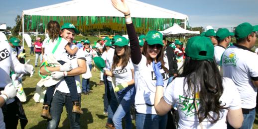 Coca-Cola FEMSA y Verano Sprite se unen a la limpieza de San Pablo Autopan y refrenda su compromiso ambiental con el Estado de México.