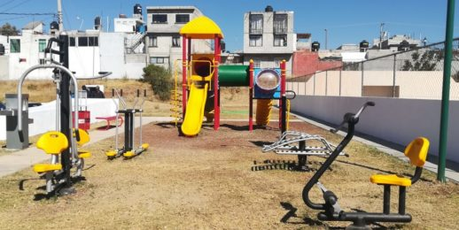 """""""Vive tu parque"""" es actividad física, hidratación y convivencia familiar."""