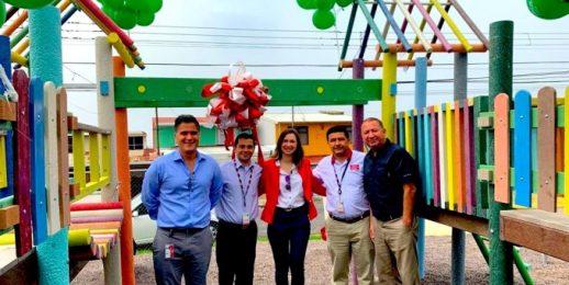 Coca-Cola FEMSA inaugura parque recreativo hecho 100% de plástico reciclado en Costa Rica.