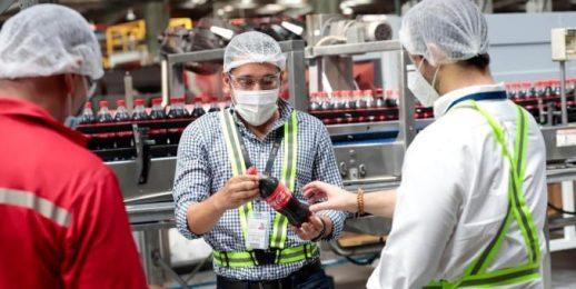 Coca-Cola FEMSA reconocida por las autoridades panameñas por protocolos de bioseguridad durante Covid-19.