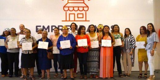 453 mujeres se graduan del proyecto «Emprendamos Juntas» 2019 apoyado por Coca-Cola FEMSA.