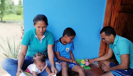 Fundación FEMSA: Educación a distancia durante la pandemia por COVID-19 en Colombia.
