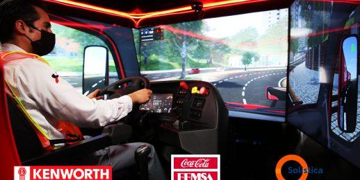 Coca-Cola FEMSA, Solistica y Kenworth capacitan a operadores con aula móvil de simulación.
